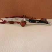 Manche ébène décor étain motif sanglier Couteau LAGUIOLE AVEYRON