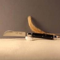 Couteau le tonneau Manche corne lame carbone AU SABOT
