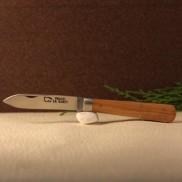 Couteau Le Pradel olivier  AU SABOT