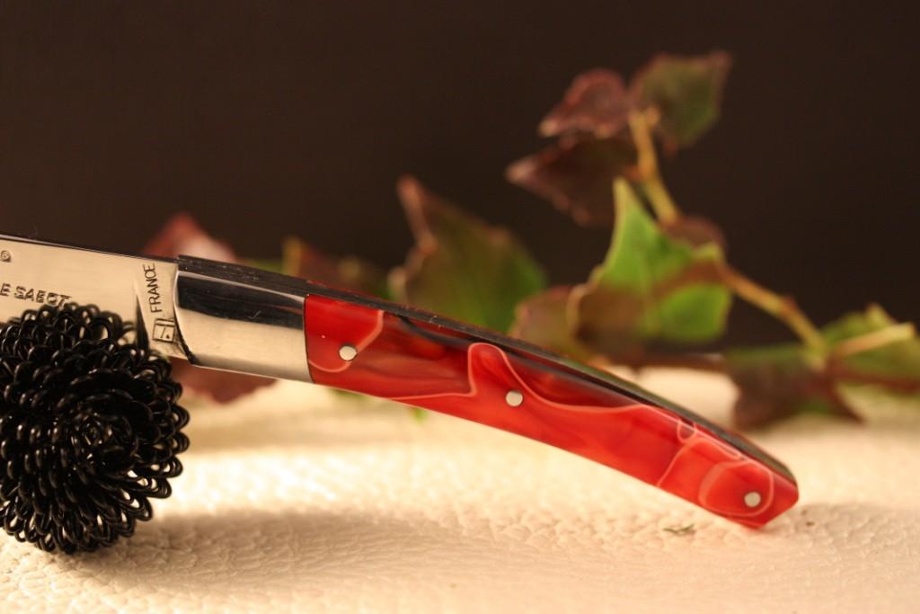 couteau le thiers au sabot manche d coration rouge torsade. Black Bedroom Furniture Sets. Home Design Ideas